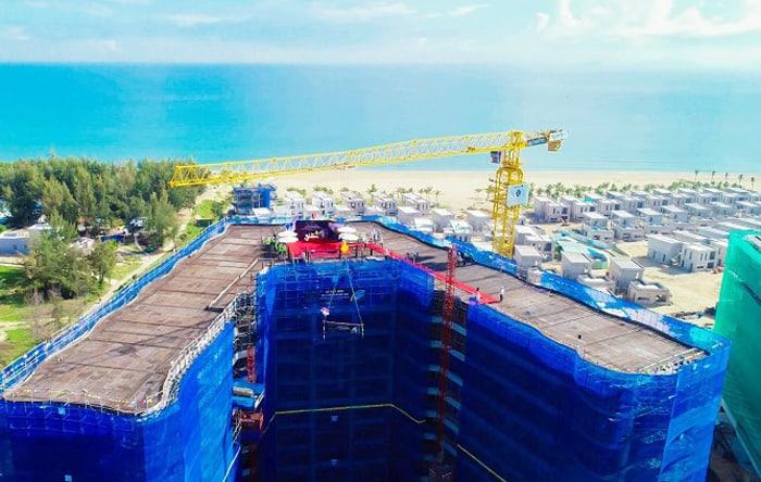 Dự án được xây dựng tại vị trí kim cương cuối cùng trên tuyến đường di sản ven biển văn hóa Miền Trung và liền kề Phố Hội.